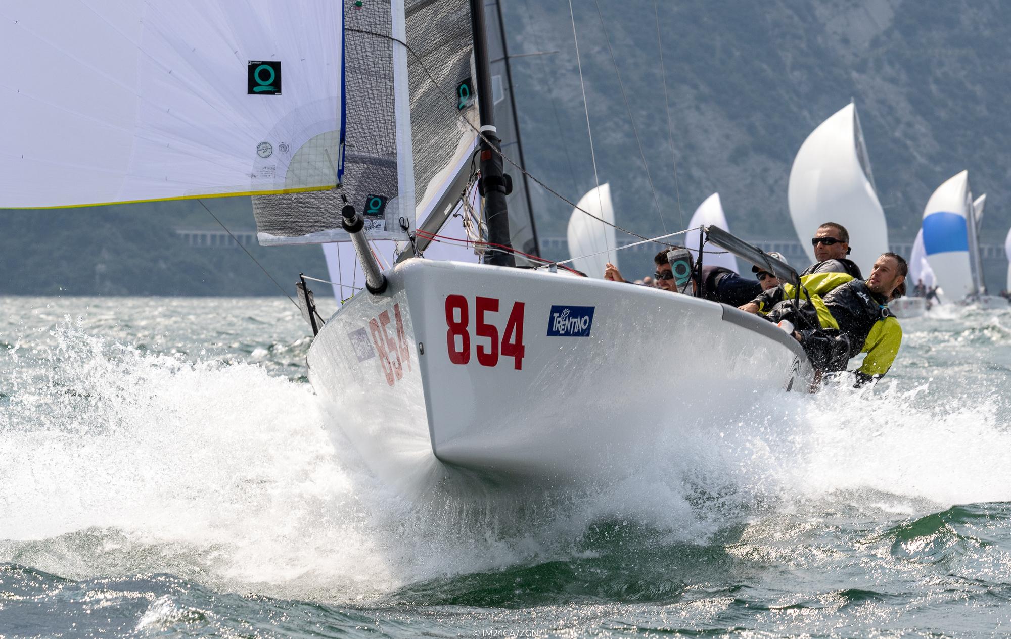 01418d3313412b 2018 Melges 24 European Sailing Series - Day 3 in Torbole  Maidollis ...
